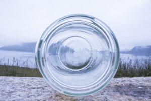 IRF sendir glas frá húsarhaldum til endurvinning